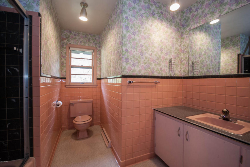 1956 mid century bathroom
